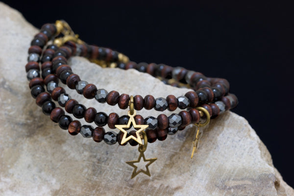 Onyx, facetted hematite and wood bead bracelet handcrafted for your montreal jewellery designer www.elysee.ca