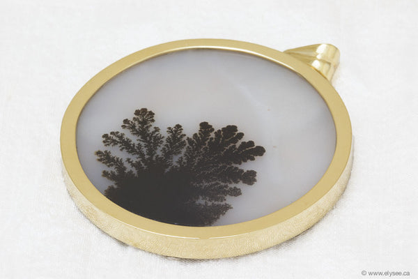 18K YELLOW GOLD AND MOSS AGATE PENDANT