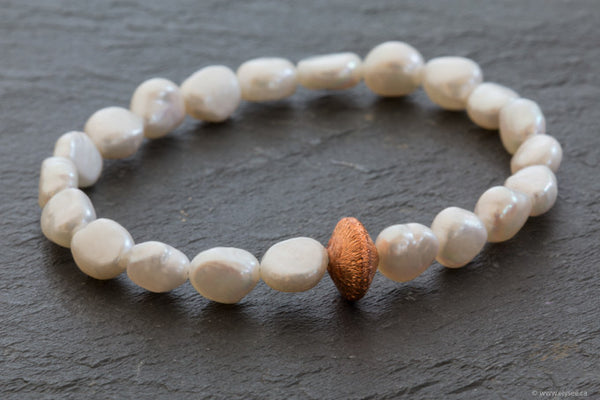 Freshwater pearl bracelet designed by your montreal jewellery designer