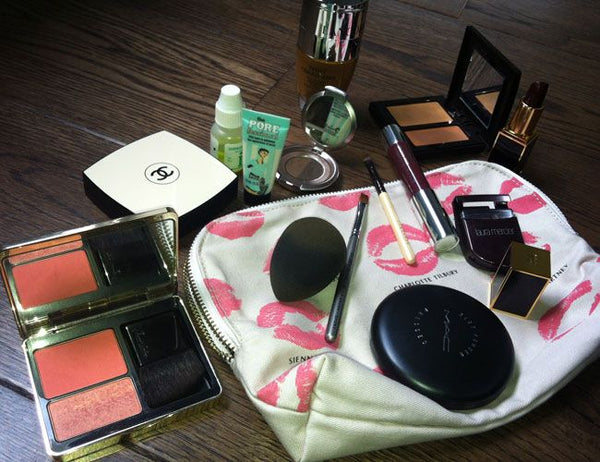 SPRING CLEAN YOUR MAKE UP BAG