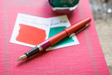 Load image into Gallery viewer, Pilot Metropolitan Retro Pop Series MR3 Wave Red Fountain pen - BDpens