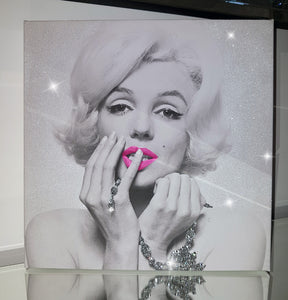 Marilyn Monroe Necklace Pink Lip