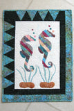 Appliqued Seahorse quilted wall hanging pattern
