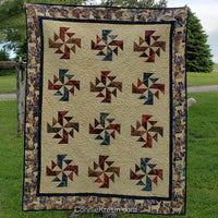 Crystals Swirls is a fast and easy quilt pattern that uses just one simple block set on point