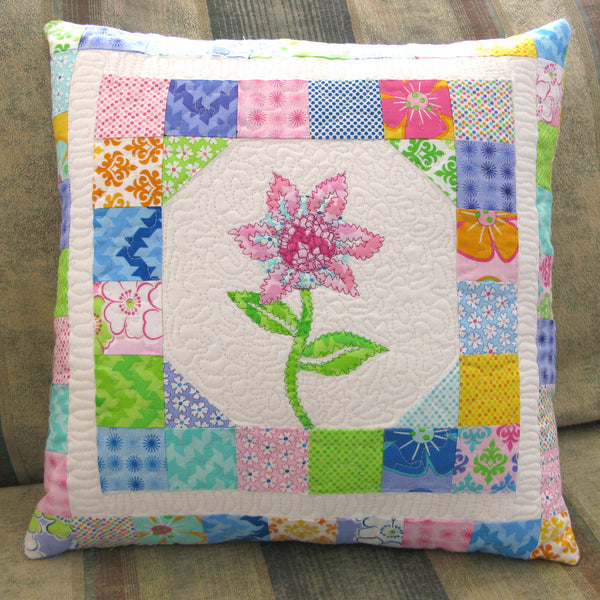Sea Mist Flower pillow quilt pattern