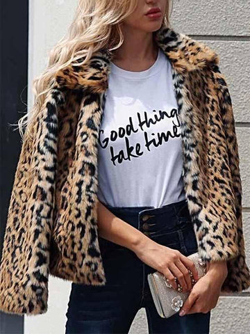 Ladies Leopard Lapel Short Fur Coat