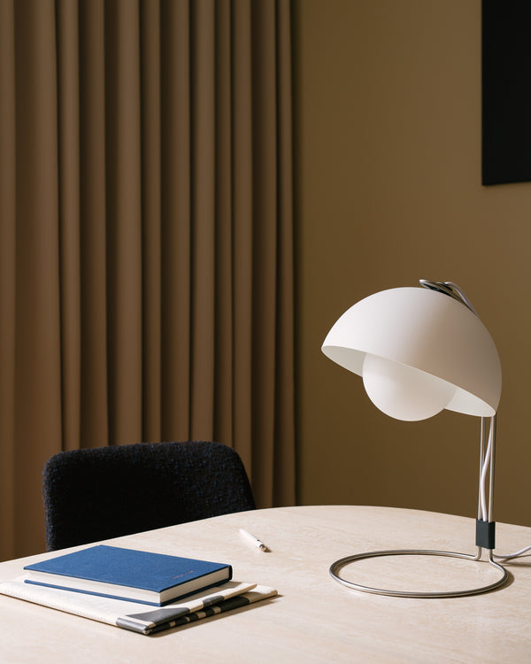 Flowerpot VP4 Table Lamp - Matte White