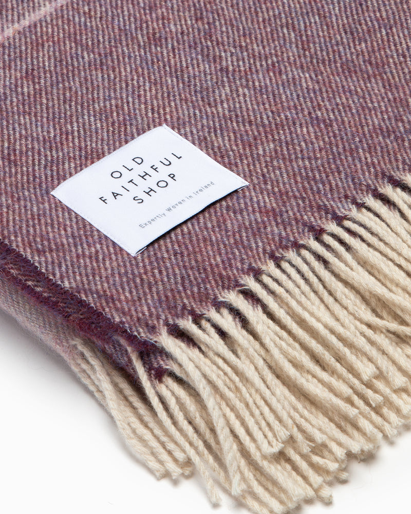 OFS. Alpaca Mauve Ombre Throw