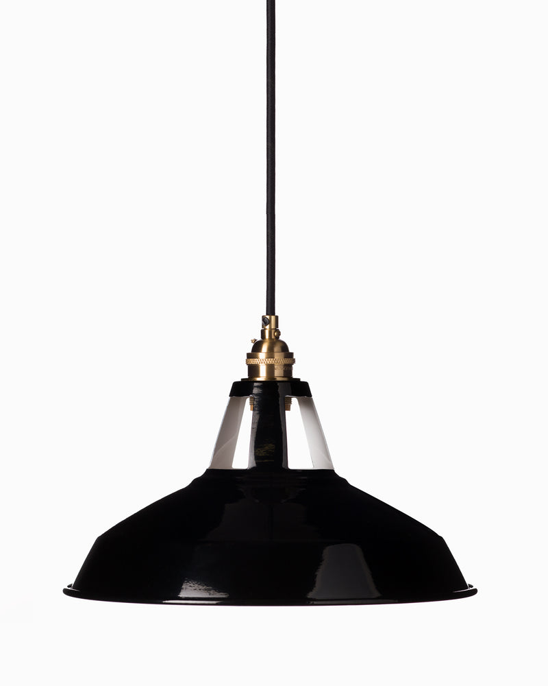 Cutout Harbour Shade - Black