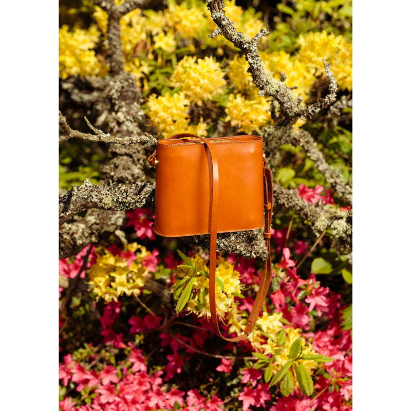 SFI. Leather Shoulder Bag - Oiled Tan
