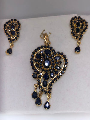 22K Yellow Gold and Sapphire Pendant and Earring Set