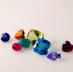 scattered large color cz loose stones
