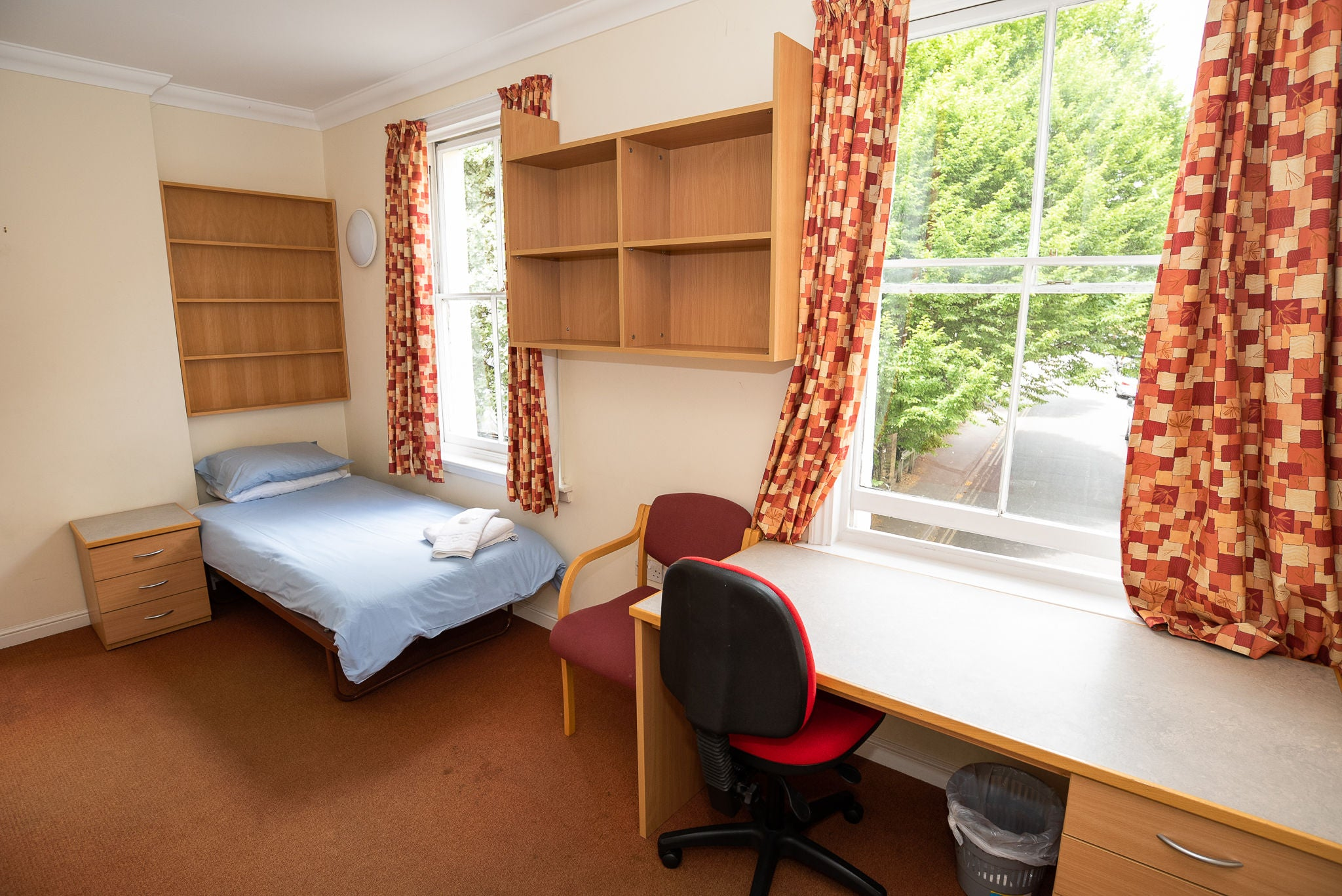 Summer school accommodation in Lincoln college, part of the University of Oxford