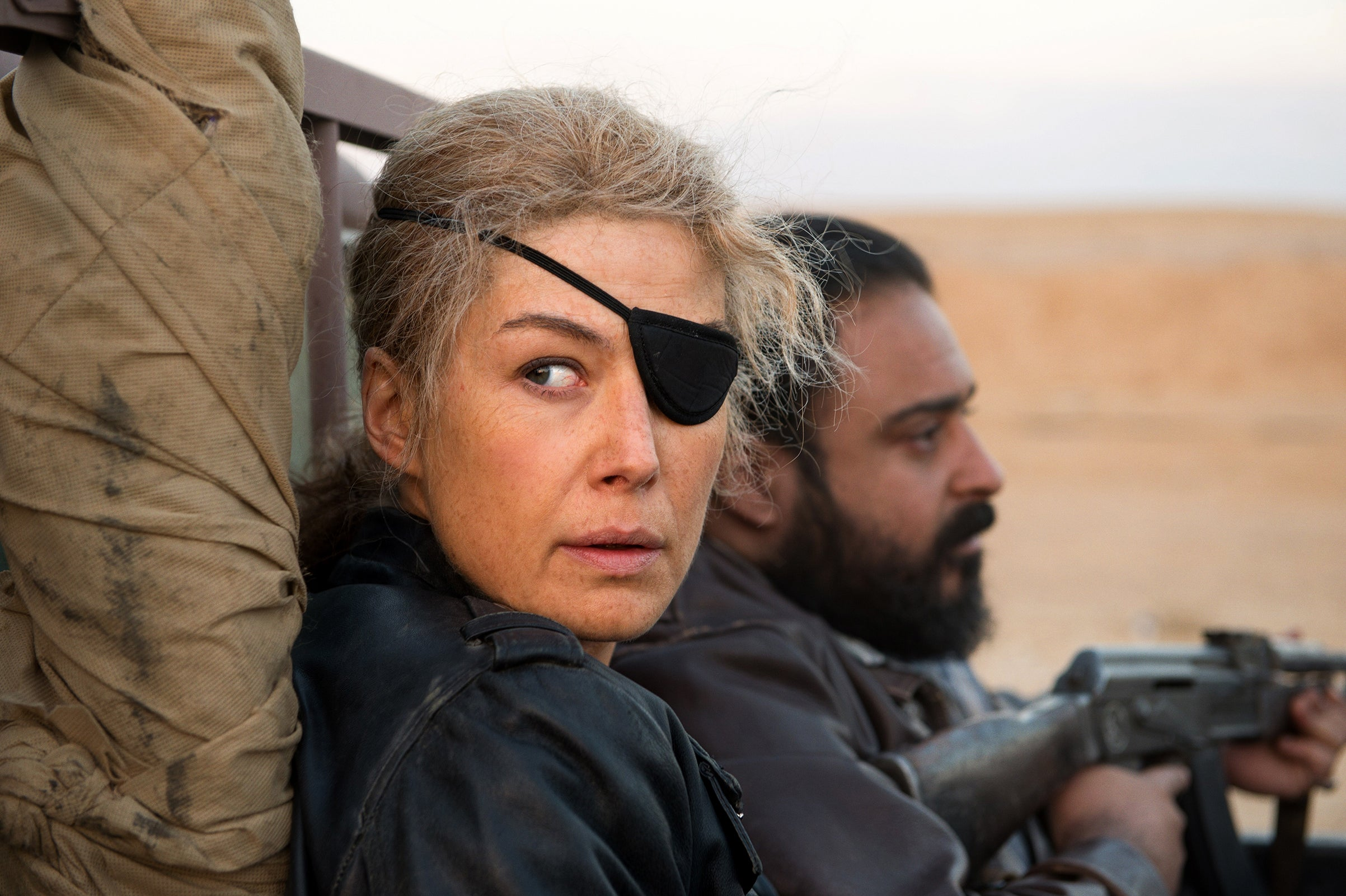 Rosamund Pike plays war correspondent Marie Colvin in A Private War