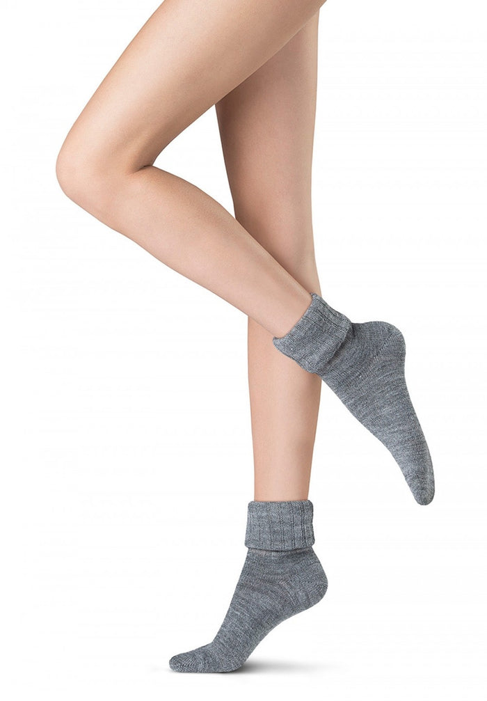 Oroblu Italian Hosiery Fine Season Wool 4 Colours Socks - Starts with Legs