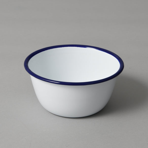 ENAMEL PUDDING BASIN