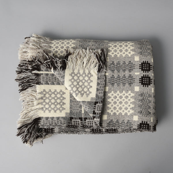 WELSH TAPESTRY BLANKET NATURAL