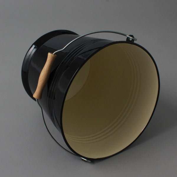 ENAMEL BUCKET BLACK