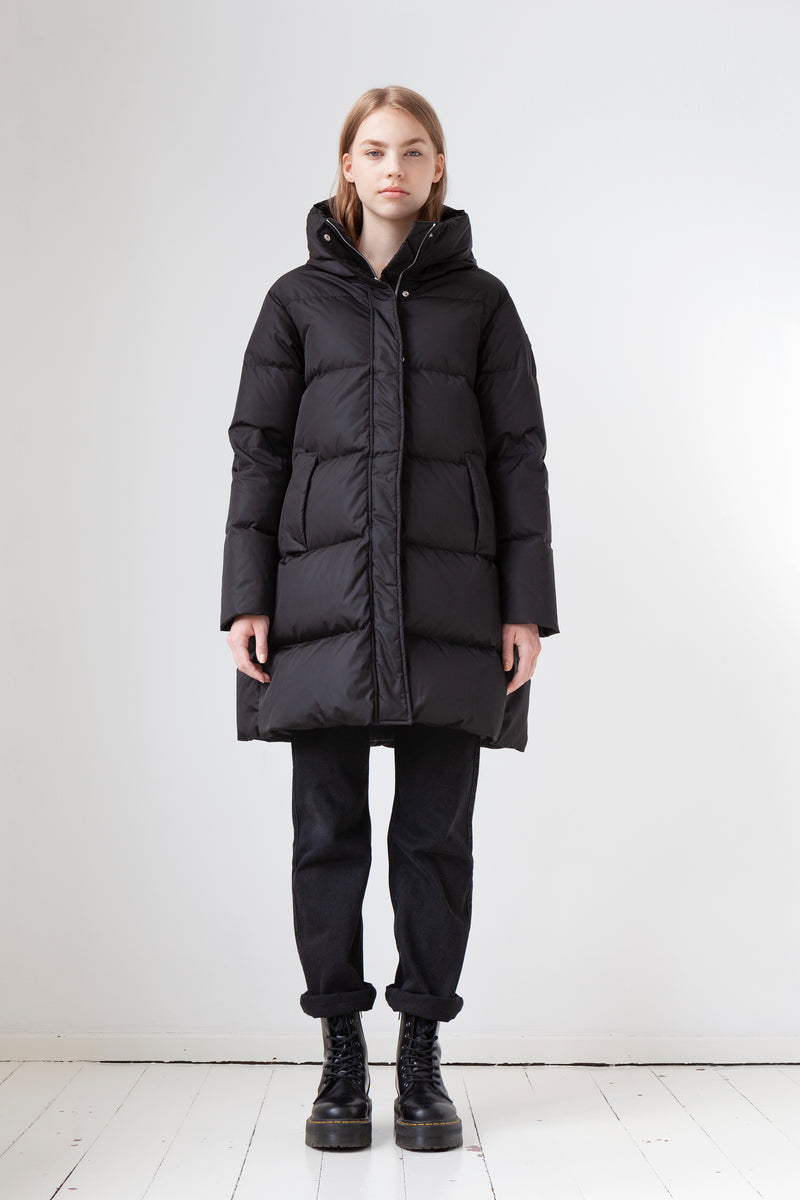 Mid-Length Down Coat in black