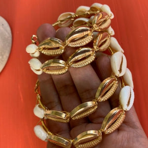 Gold and Natural Bangle Earnings