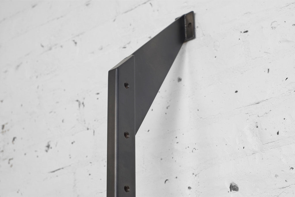 Apollo Wall System Verticals • Iron