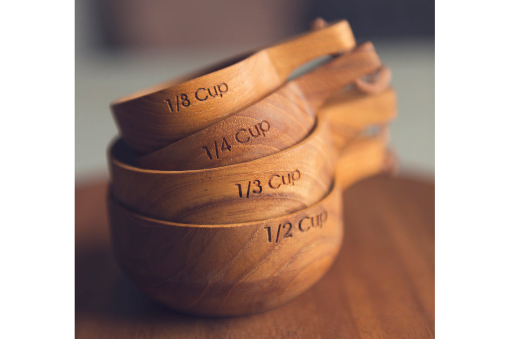 Teak Measuring Cup Set