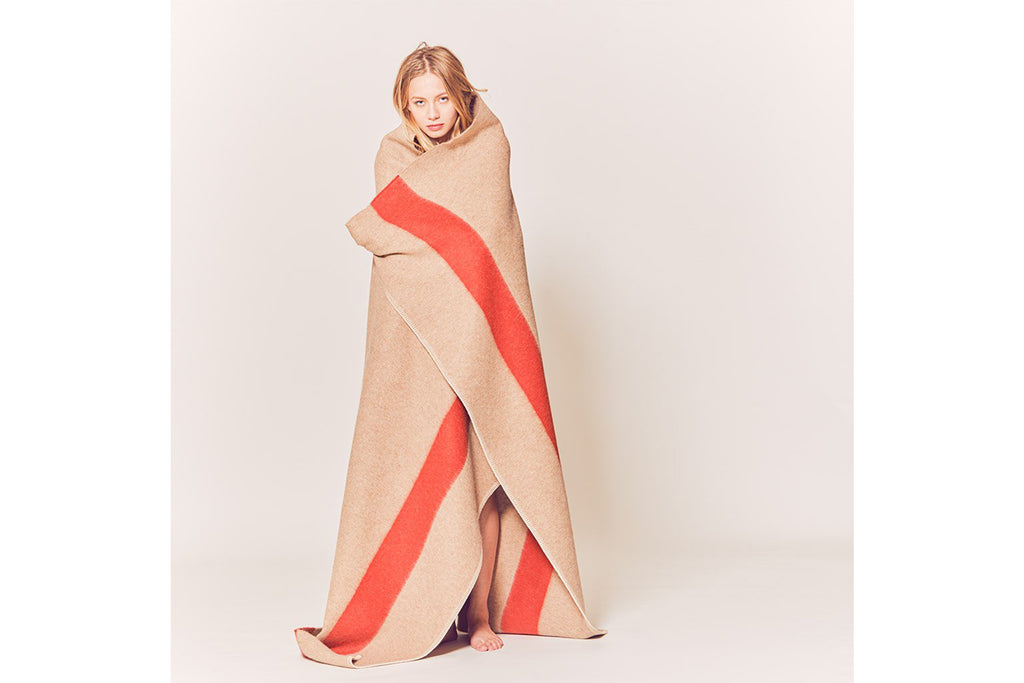 The Siempre Throw - Light Heather