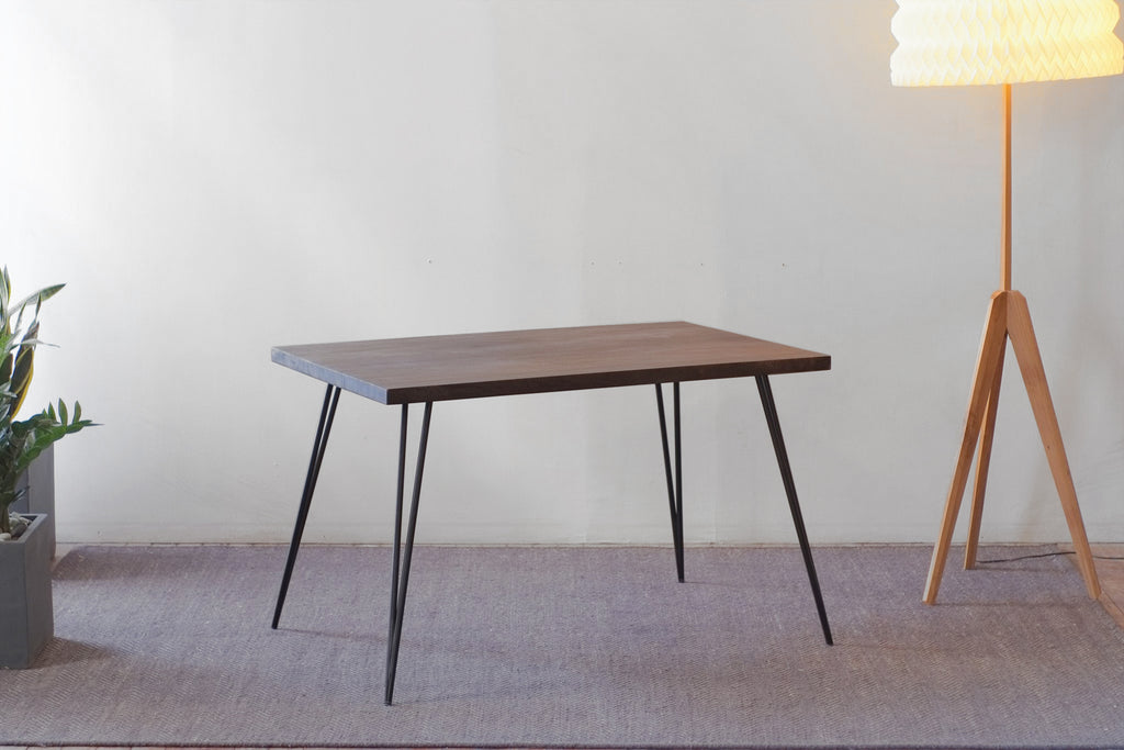 Lurus Straight Edge + Corvus Dining Table