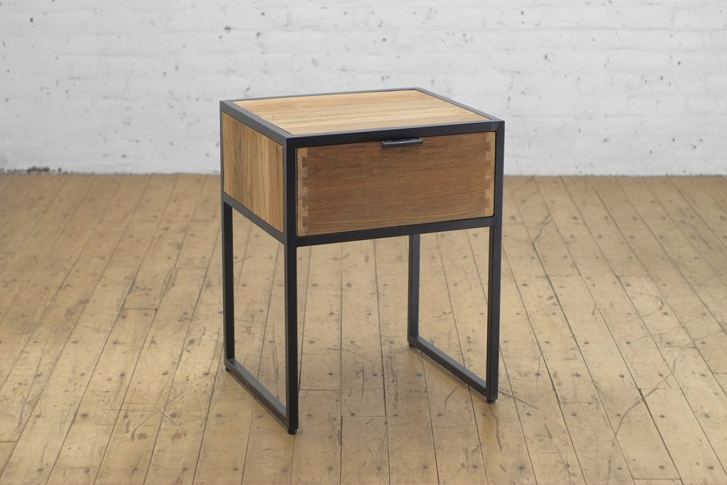 Tinker Side Table • 1 Drawer
