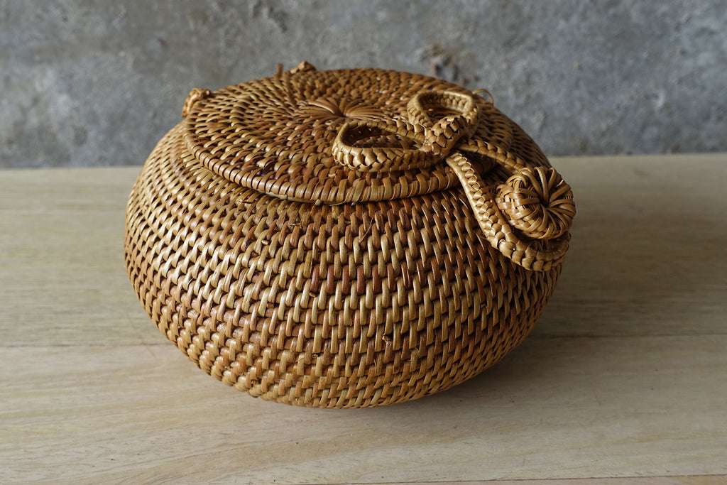 Woven Bowl with Lid (Large)