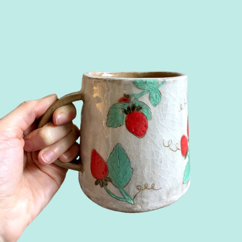 Slipped and Illustrated Cups by Coco Spadoni Virtual Workshop (Dec 3rd), 6-8pm