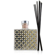 Load image into Gallery viewer, Reed Diffuser  Sparkling Cassis  15.9oz - BEAUTY PRICE MATCH