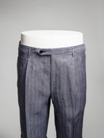 Medium blue herringbone pair of regular fit linen bermuda