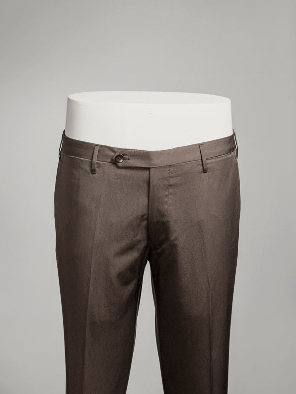 Brown pair of regular fit cotton trousers