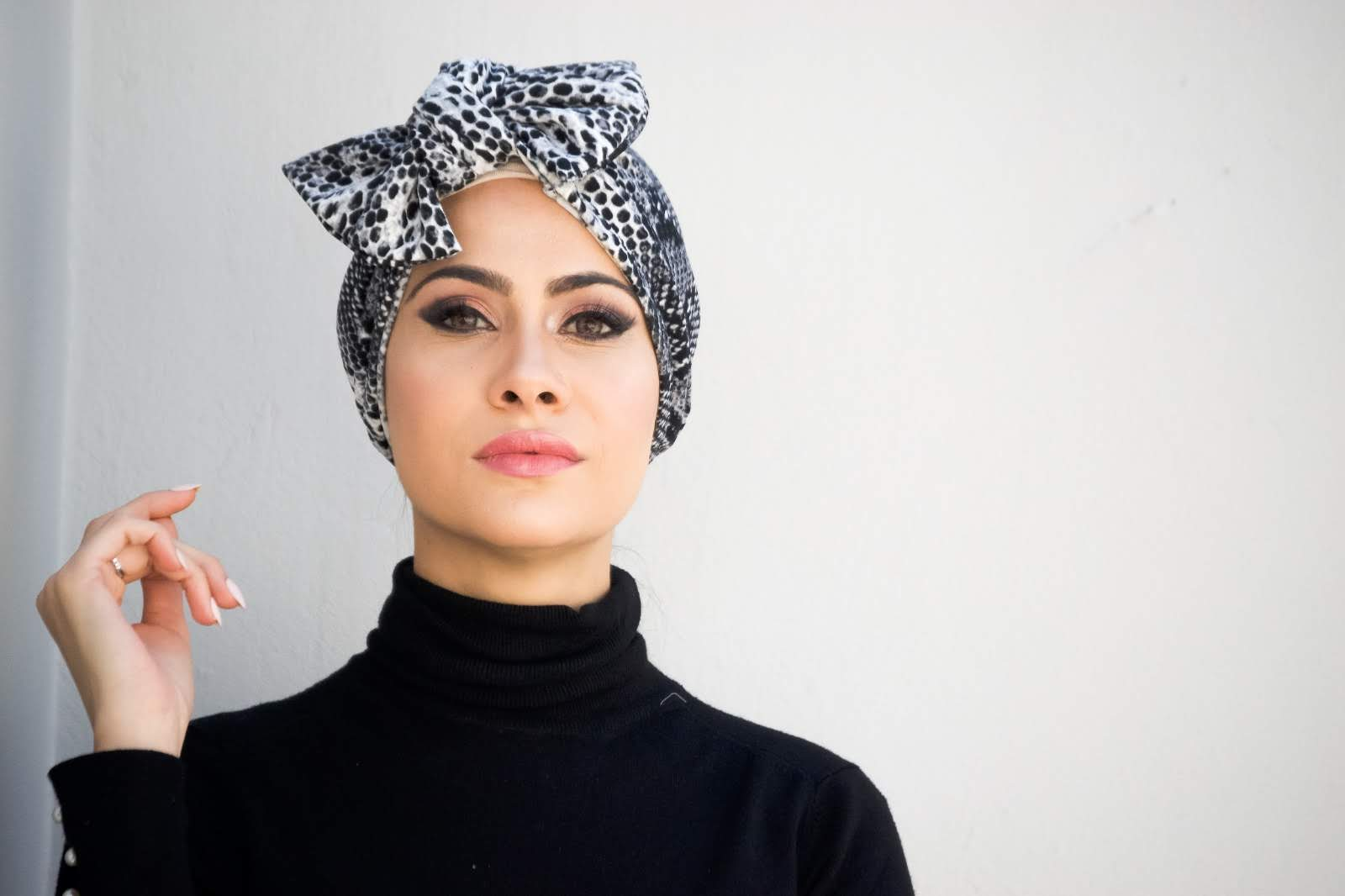 3-in-1 Printed Luxe Pull-on Turban with bow