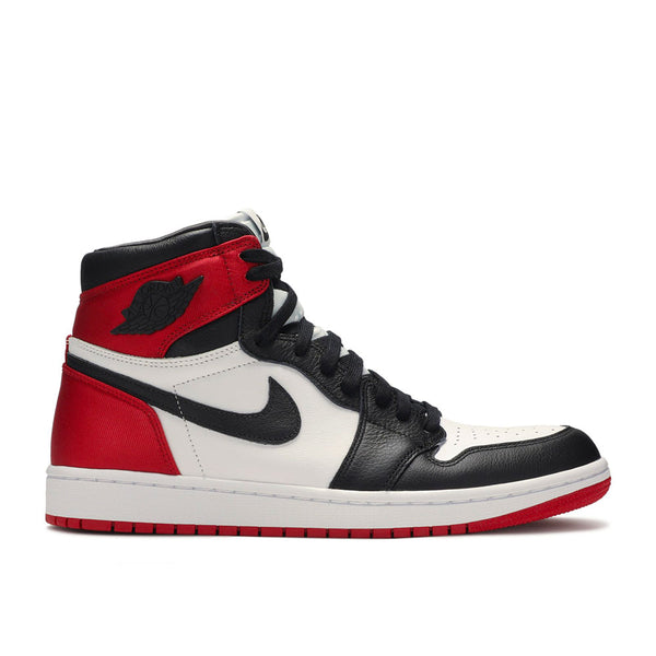 "Jordan 1 High ""Satin Black Toe"" (W)"