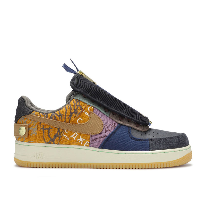 "Air Force 1 Low Travis Scott ""Fossil"""