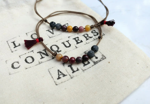 Couple gemstone bracelets - Mookaite & Lava - Long distance Partnerarmbänder