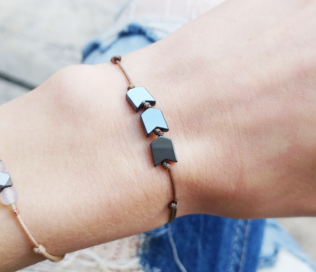 Simple arrow bracelet hematite