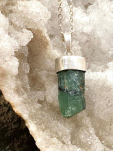 Load image into Gallery viewer, Emerald Silver Necklace