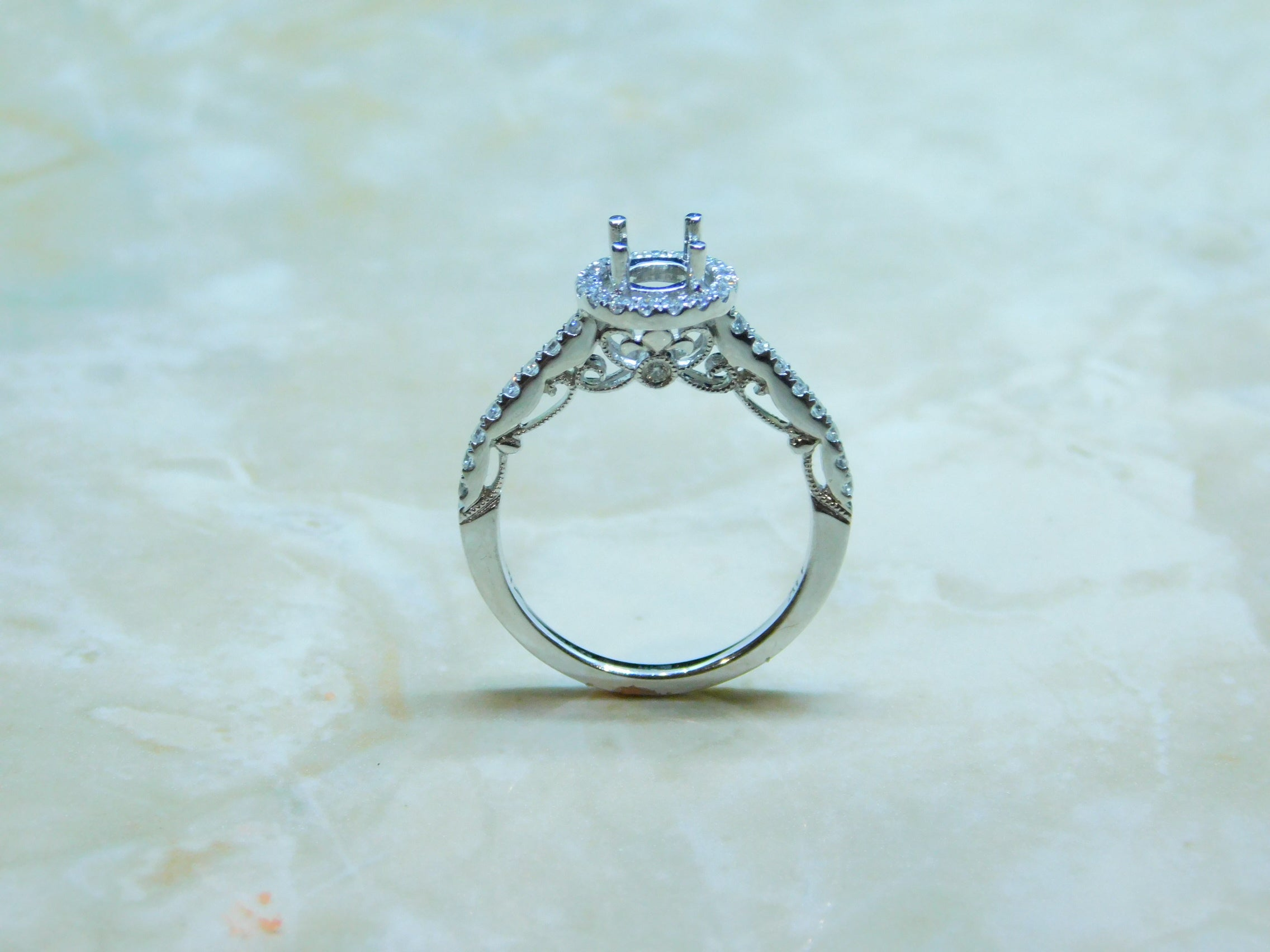 Ladies Engagement Ring
