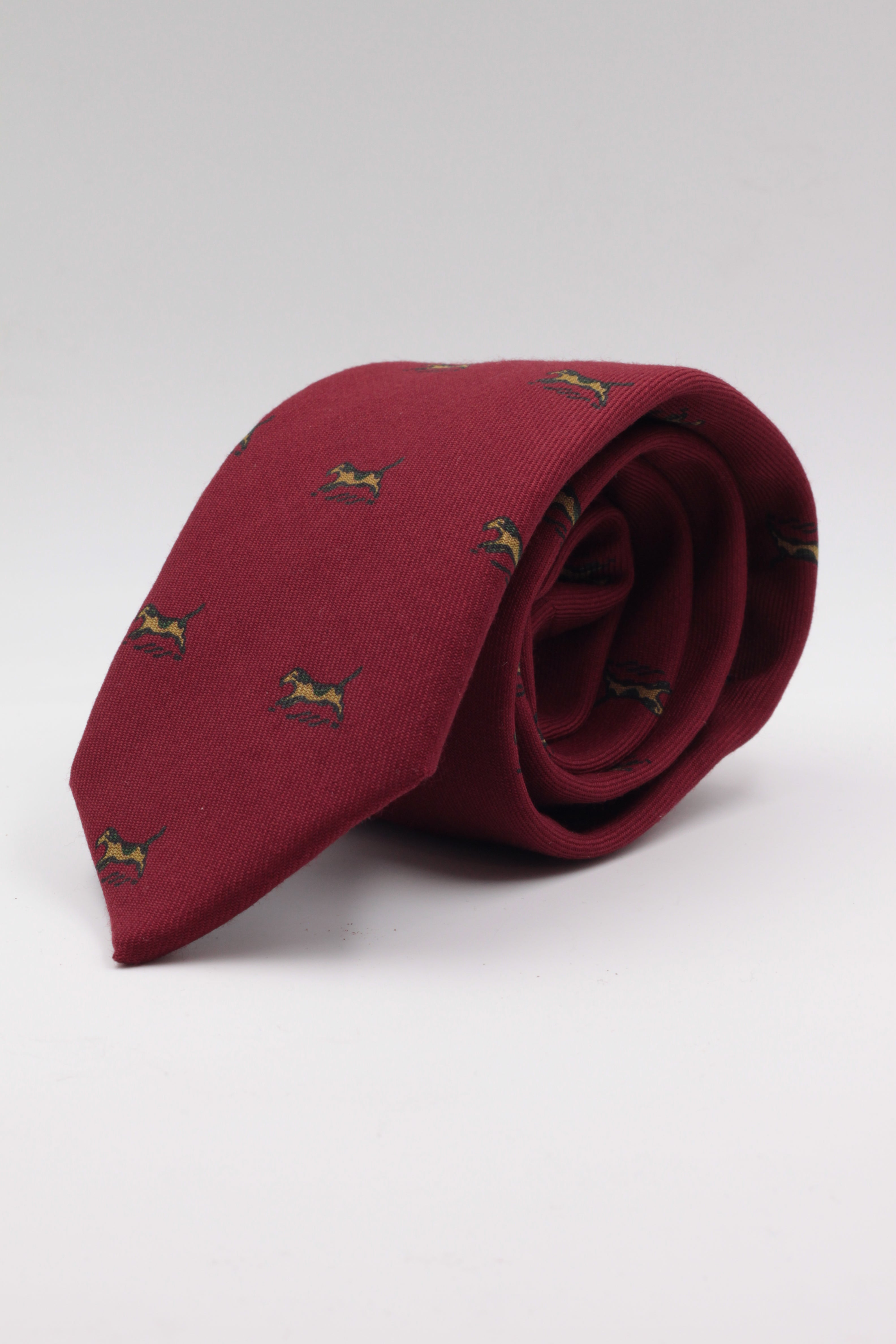 Red, dogs print tie