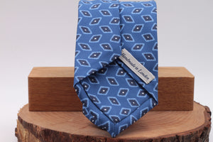 Light blue, white, blue navy and olympic blue motif tie