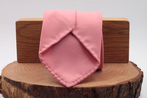 100% Super 140's Worsted Wool Gabardine 9 oz Unlined Hand rolled blades Pink plain tie Handmade in Rome, Italy 8 cm x 150 cm
