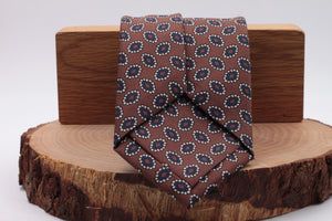Hazel, white and blu navy motif tie