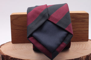 "Holliday & Brown for Cruciani & Bella 100% Silk Jacquard  Regimental ""Brigade of Guards"" Burgundy and blu navy stripe tie Handmade in Italy 8 cm x 150 cm"