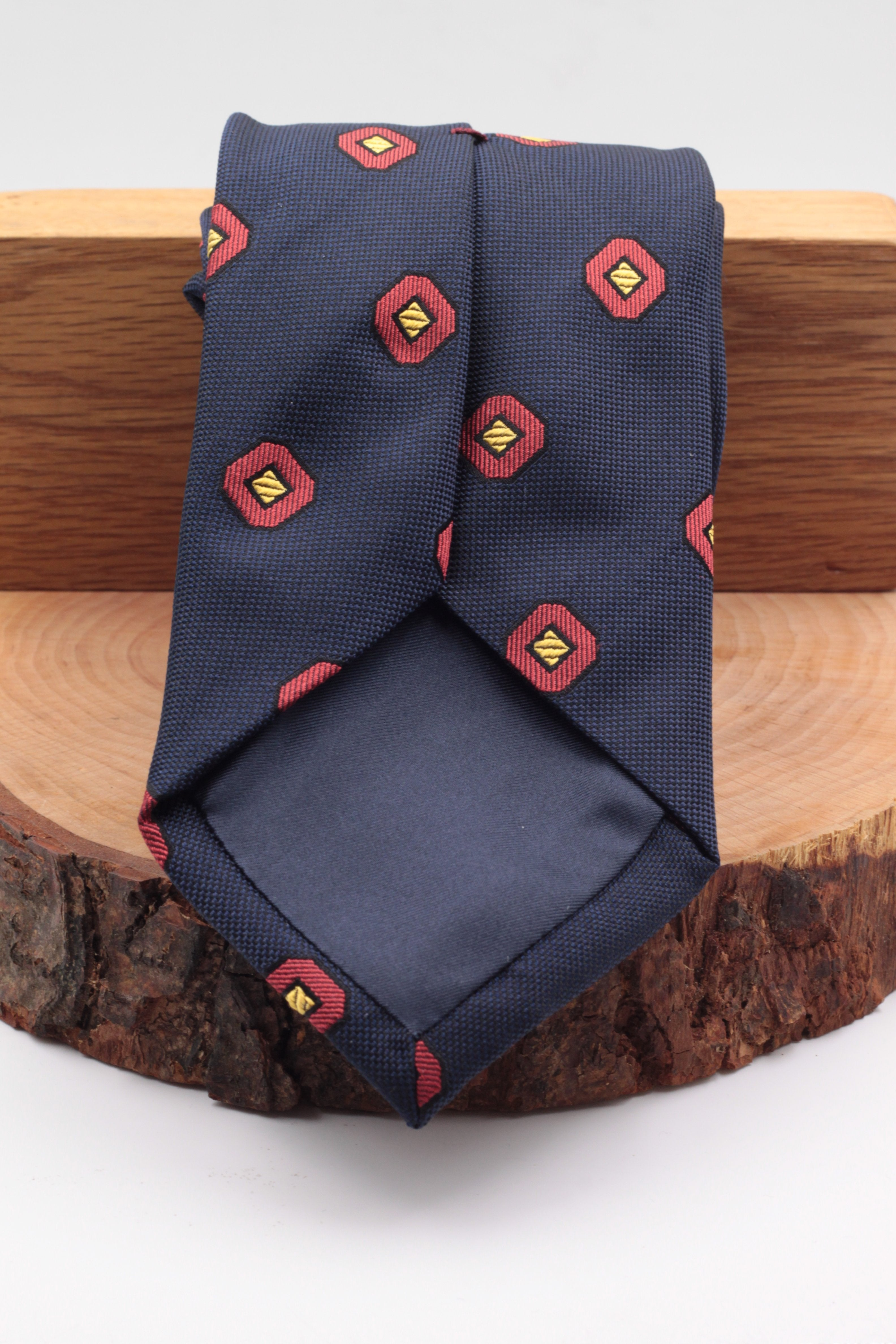 Franco Bassi for Cruciani & Bella 100% Silk Jacquard  Blue navy, red and yellow geometrical motif tie Handmade in Italy 8 cm x 150 cm