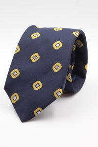 Franco Bassi for Cruciani & Bella 100% Silk Jacquard  Blue navy, light yellow and white geometrical motif tie Handmade in Italy 8 cm x 150 cm