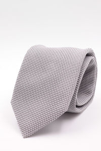 100% Silk Grenadine garza fina  Tipped Hand rolled blades Light grey  plain tie Handmade in Rome, Italy 8 cm x 150 cm