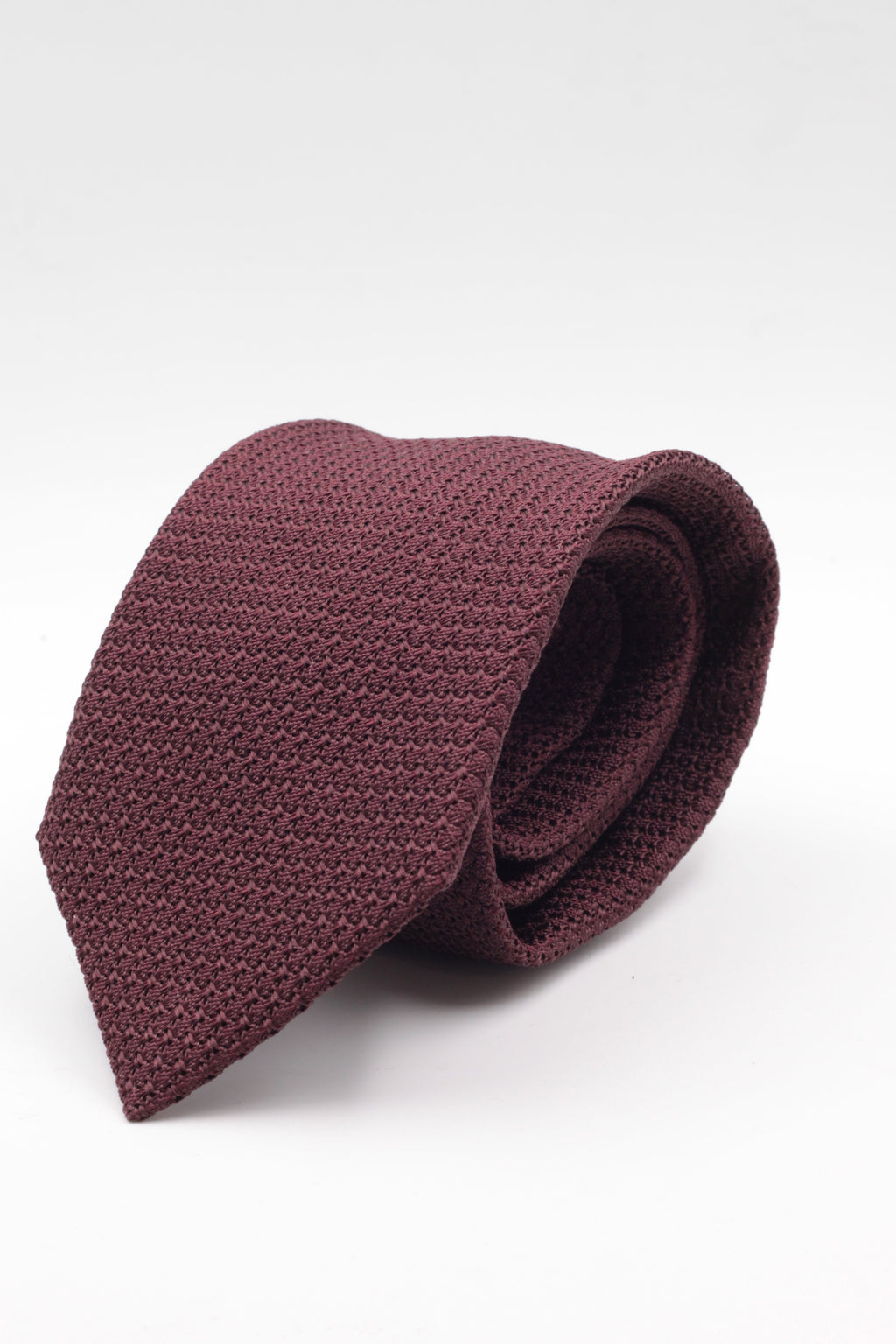 100% Silk Grenadine Garza Grossa Woven in Italy Unlined Burgundy plain tie Handmade in Italy 8 cm x 150 cm
